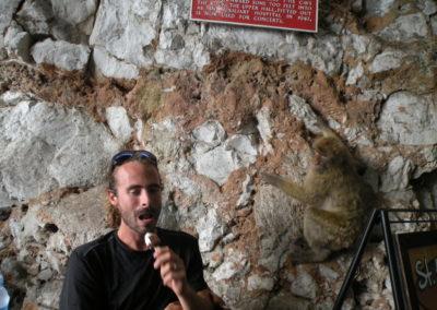 nomad-life-lucas-et-singe-gibraltar